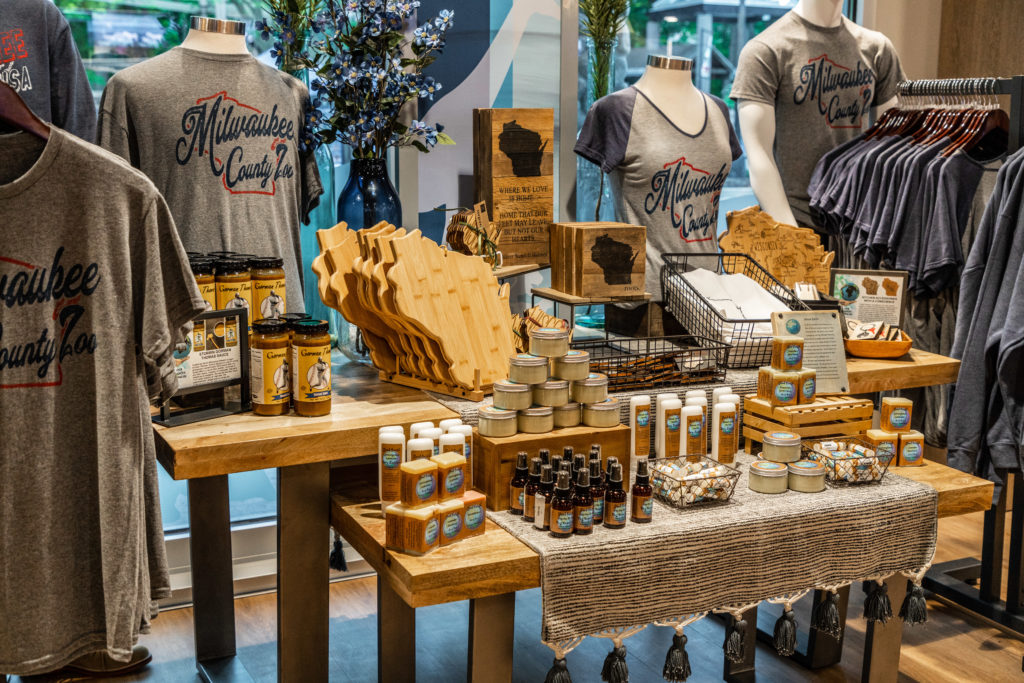 Milwaukee Zoo Gift Shop